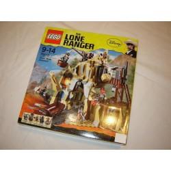 LEGO 79110 L'attaque de la mine 2013