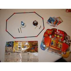 LEGO Ninjago 2257 Toupies 2011 quasiCOMPLET avec boite