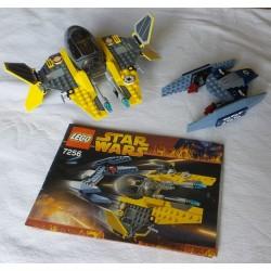 LEGO Star wars 7256 Jedi Starfighter et Vultur droid 2005 (sans personnage)