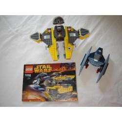 LEGO Star wars 7256 Jedi Starfighter et Vultur droid 2005